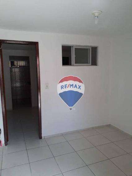 Kitnet Com 1 Dormitório Para Alugar, 32 M² Por R$ 650,00/mês - Cidade 2000 - Fortaleza/ce - Kn0033