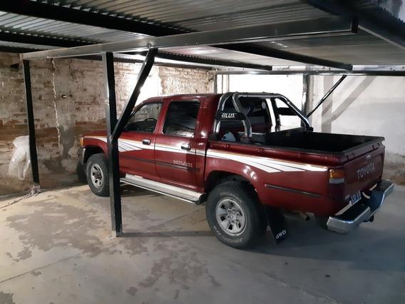 Toyota Hilux 1999 2.8 D/cab 4x4 D Sr5