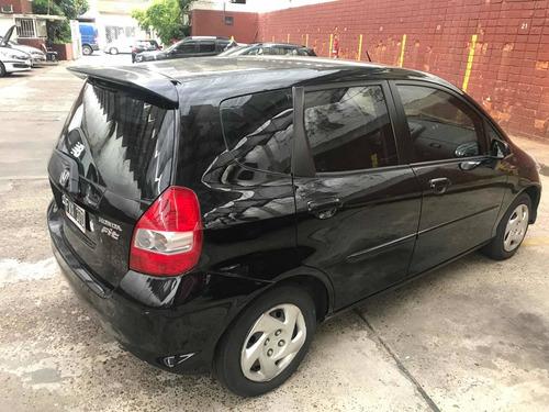 Honda   Fit   1.4 Lx 1,4  Mt   Full  2006