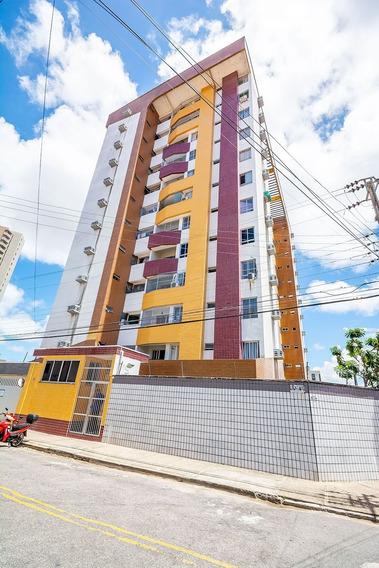 Aluguel Apartamento No Bairro De Fátima - 3 Quartos