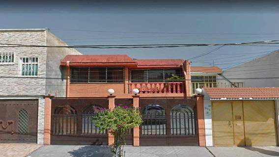 Excelente Inversión Casa En Nezahualcóyotl Estado De México Remate Bancario