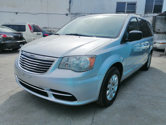Chrysler Town & Country 3.6 Li Mt 2012