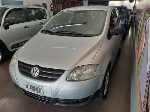 Imagen 1 de 8 de Volkswagen Fox 2009 1.6 Highline 70d
