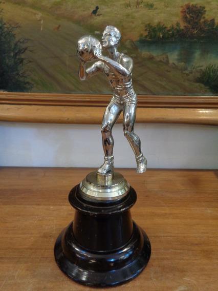 Antiguo Trofeo De Básquet Baloncesto De Metal Niquelado