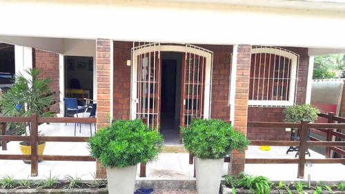 Casa Em Jardim Petrópolis, Gravatá/pe De 220m² 2 Quartos À Venda Por R$ 450.000,00 - Ca707123
