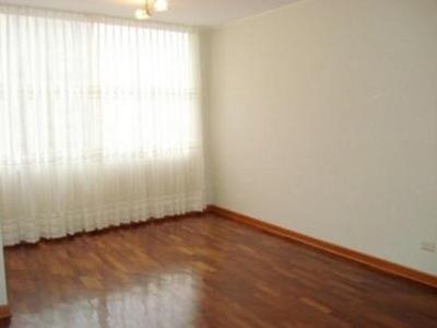 Se Alquila Habitación En San Isidro