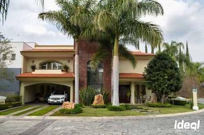Valle Real Casa En Venta