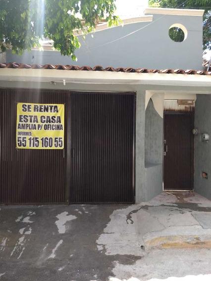 Rento Casa Amplia, Excelente Ubicación, Ideal Para Oficinas