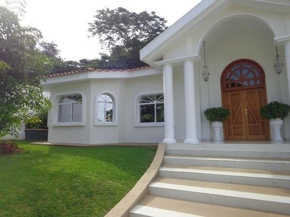 Casa En Venta Prebo Iii Valencia Carabobo 20-5417 Prr