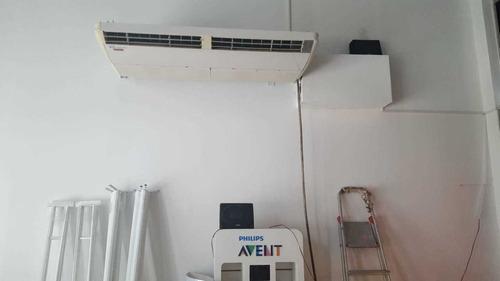 Imagen 1 de 4 de Aire Acondicionado 15000 Fg Frio Calor Impecable
