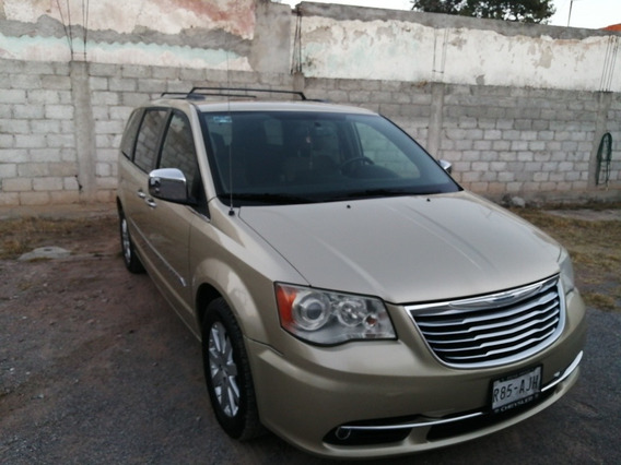 Chrysler Town & Country 3.6 Limited Mt 2011