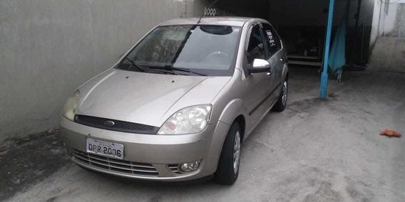 Ford Fiesta Sedan 1.6 4 Portas 2005 - Flex Completo Menos Ar