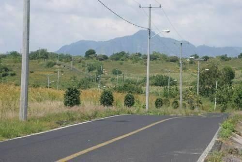 Terrenos Atlatlahucan, Morelos Sobre Av. Principal