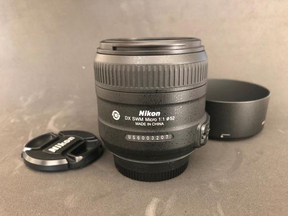 Lente Nikon Macro 40mm Af-s Dx Micro-nikkor 40mm F/2.8g