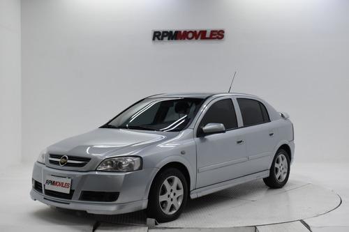 Imagen 1 de 14 de Chevrolet Astra Gl 2.0 5p Manual 2010 Rpm Moviles