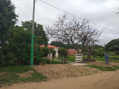 Terreno De 810 M2 Por Itapaqui (zona Cotoca)