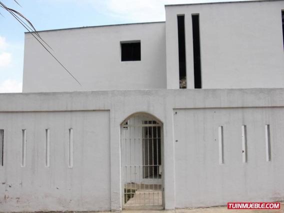 Casas En Venta 18-5788 Astrid Castillo 04143448628