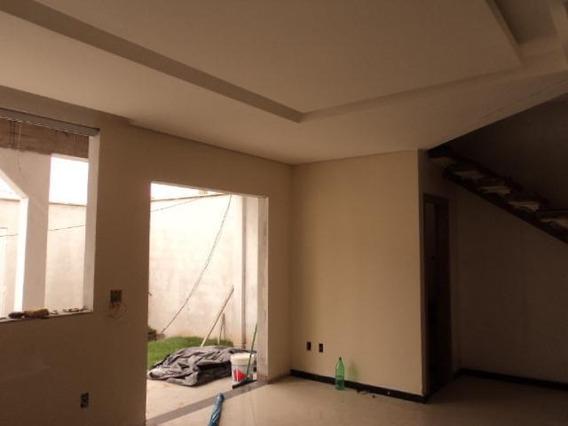 Casa Geminada Com 3 Quartos Para Comprar No Cabral Em Contagem/mg - 11075