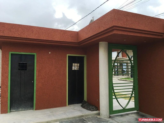 Casas En Venta En Club De Campo