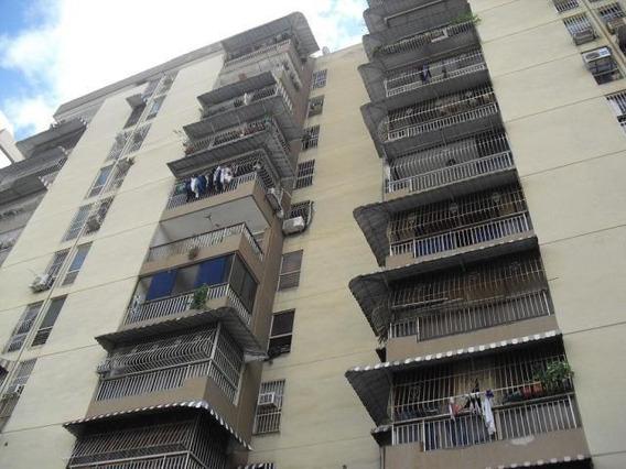 Apartamento En Venta Yelixa Arcia Codigo 20-619
