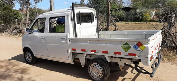 Camioneta Lifan Lf Trucks 1,2, Año 2019, 15.000 Km Doble Cab