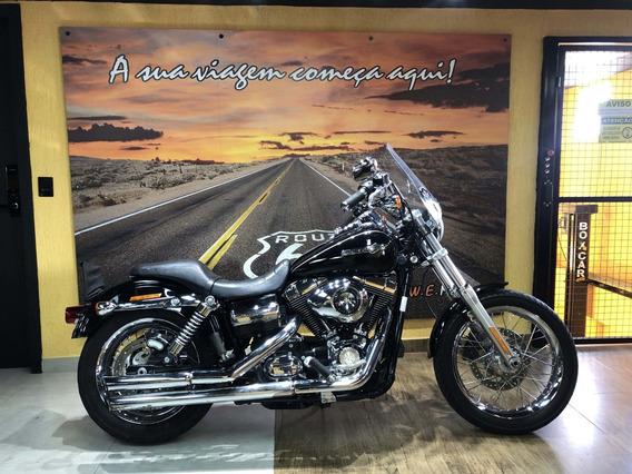 Harley Davidson Dyna Super Glide Custom 2011
