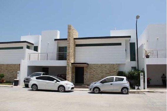 Casa En Venta En Residencial El Cielo Ciudad Del Carmen