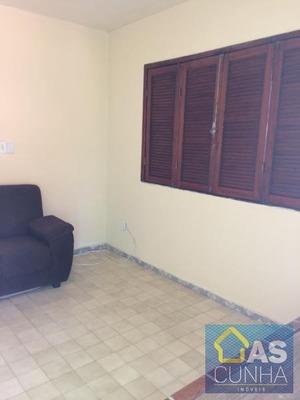 Casa Para Venda Em Araruama, Iguabinha, 3 Dormitórios, 1 Banheiro, 2 Vagas - 205