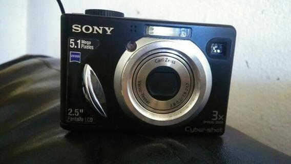 Câmera Digital Cyber-shot 5.1 Mega Pixeles Cor Preta, 2,5