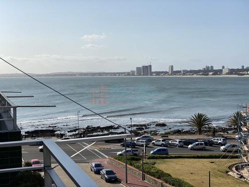 Hermoso Apartamento En La Península Con Vista Al Mar. - Ref: 5937
