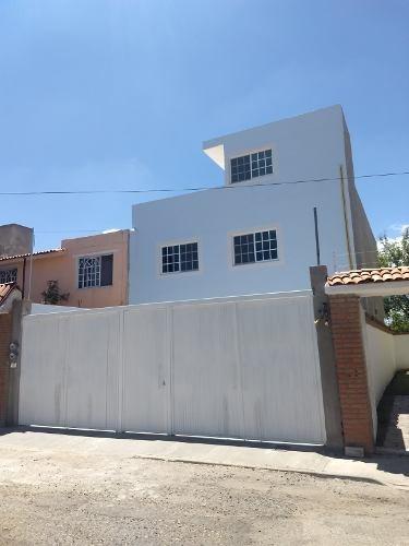 En Renta Departamento Amueblado En El Pueblito, Corregidora, Querétaro