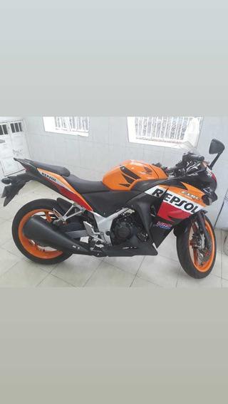 Se Vende Cbr 250r Frenos Abs Edición Especial Moto Gp