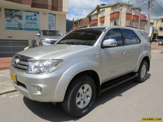 Toyota Fortuner Sr5 At 2700cc 4x4