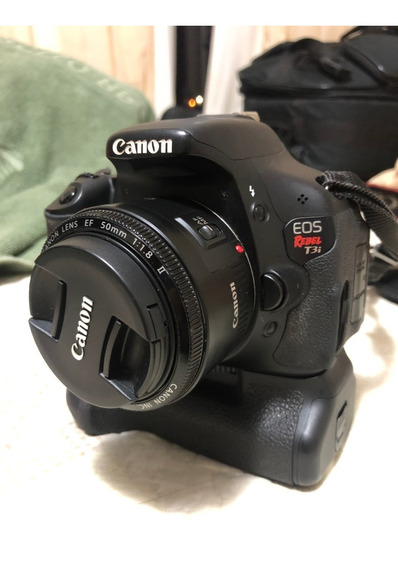 Canon T3i + Grip + 50mm