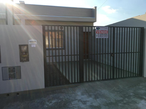 Imagem 1 de 15 de Casa Para Venda Em Tatuí, Jardim Santa Rita De Cássia, 1 Dormitório, 1 Banheiro, 1 Vaga - 824_1-1931609