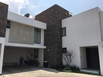 Residencia En Venta En Condominio Los Almendros