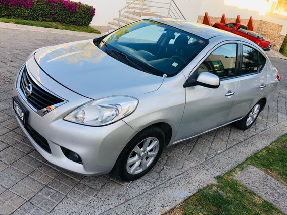 Nissan Versa Advance 2013