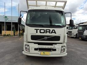 Volvo Vm 260 Truck 6x2 Leito Com Carroceria