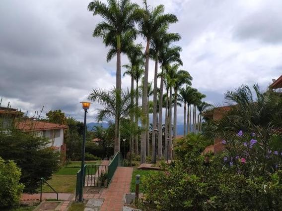 Estupenda Oportunidad De Adquirir Townhouse El Hatillo