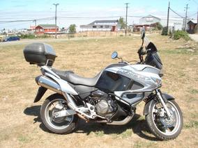 Honda Varadero Color Negro Plata