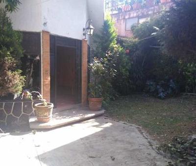 Linda Casa Tipo Chalet Con Jardín