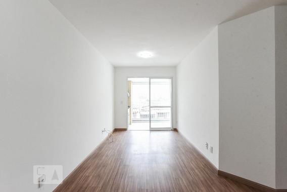 Apartamento No 1º Andar Com 2 Dormitórios E 2 Garagens - Id: 892973797 - 273797