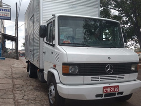 Mb 710 01/01 Baú 5,50m X 2,70m - R$ 52.000 - Minas Caminhões