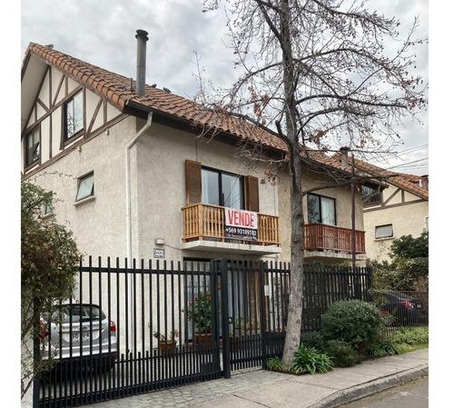 Imagen 1 de 14 de Excelente Casa Remodelada, Conectividad Y Plusvalía!!!