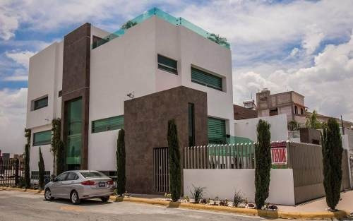 Residencia Enorme Y Equipada En Puerta De Hierro