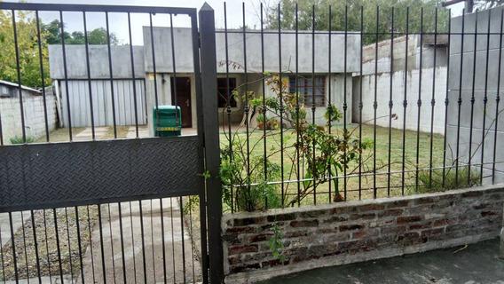 Vendo Casa En Las Piedras Canelones, 9 Ambientes, 3 Cuartos.