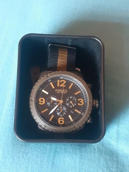 Relógio Fossil Com Pulseira De Nylon 10 Atm
