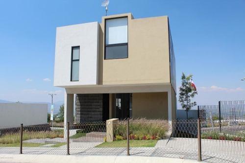Casa En Venta En Zibata, El Marques, Rah-mx-19-948