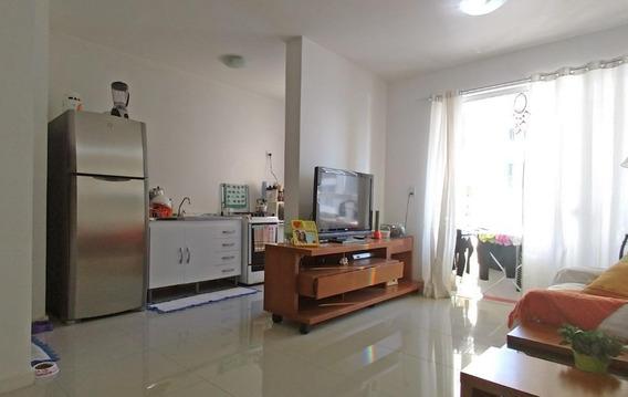 Apartamento Com 2 Dormitórios À Venda, 65 M² Por R$ 270.000 - Água Verde - Blumenau/sc - Ap2786