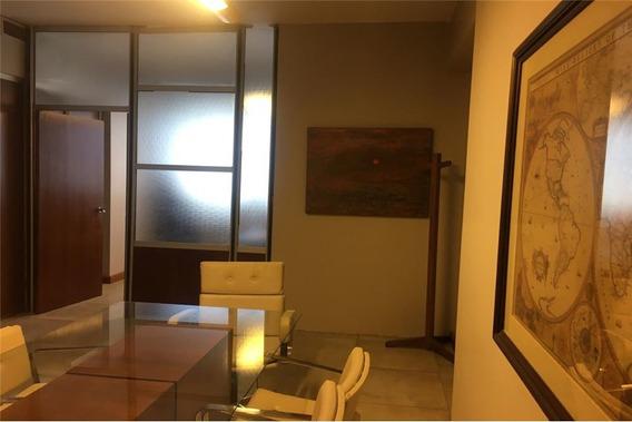 Oficina En El Centro Financiero De Mendoza